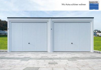 Bangerl Doppelgarage mit 2 Schwingtoren weiß und Dachranddesign